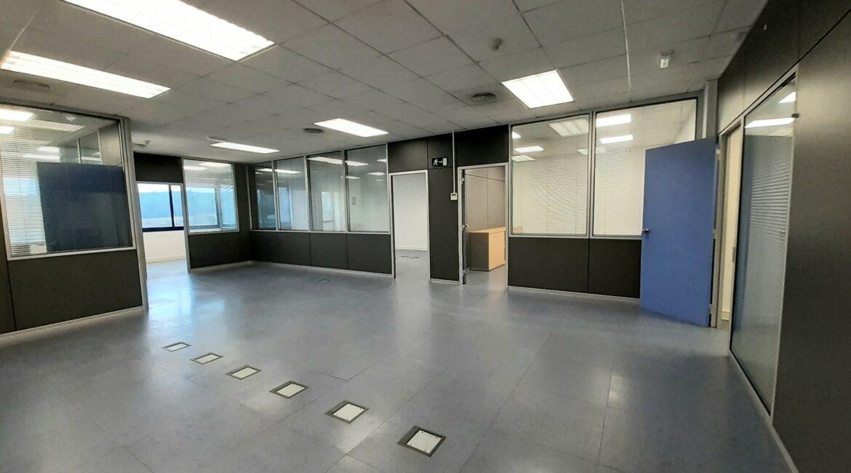Oficina de 174 m2 en alquiler en el Trade I 1