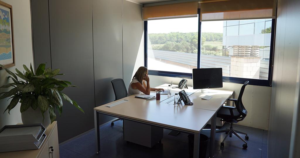 ¿Será septiembre el mes de la vuelta definitiva a la oficina?, sctradecenter.es